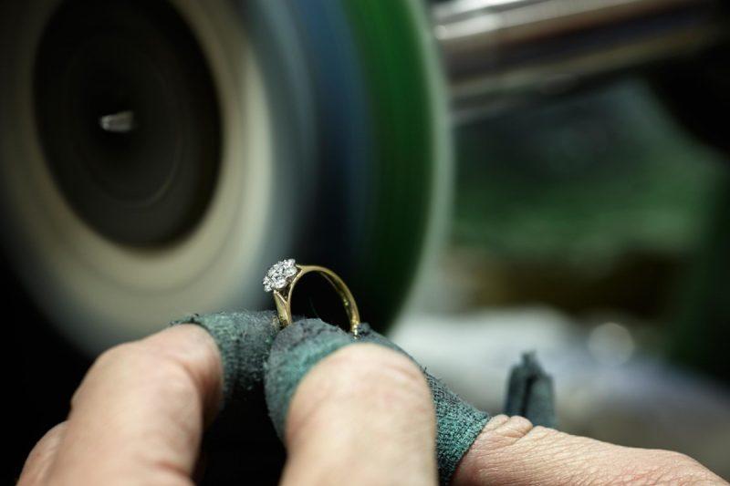"""Hockley Mint обещает помочь предприятиям розничной торговли выполнить """"горящие"""" рождественские заказы"""