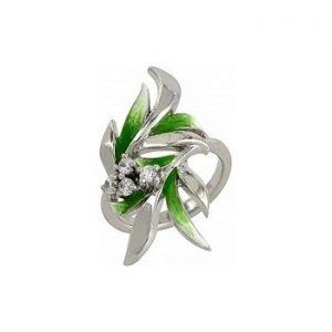 green-grass-ring