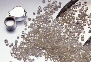 De Beers rough diamonds loupe
