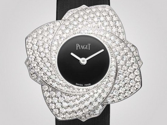 piaget-limelight-blooming-rose-6-690x518