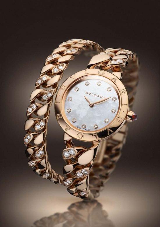 """Браслет-часы """"Bulgari Catene"""" из розового золота с швейцарским кварцевым механизмом """"Calibre B046"""", созданным специально для итальянского ювелирного дома."""