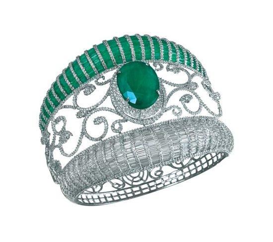 Коллекция MINAWALA Festival of Emeralds, браслет из белого золота с бриллиантами и изумрудами