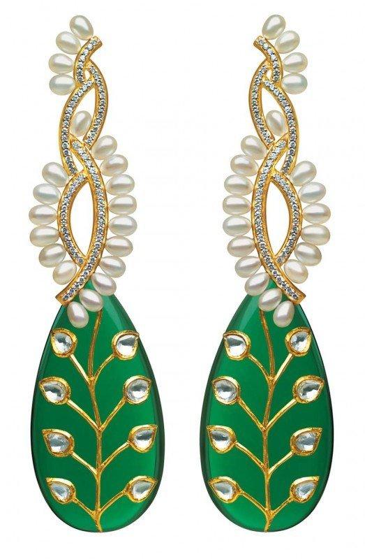 Коллекция MINAWALA Festival of Emeralds, серьги из желтого золота с бриллиантами, жемчугом и зеленым кварцем
