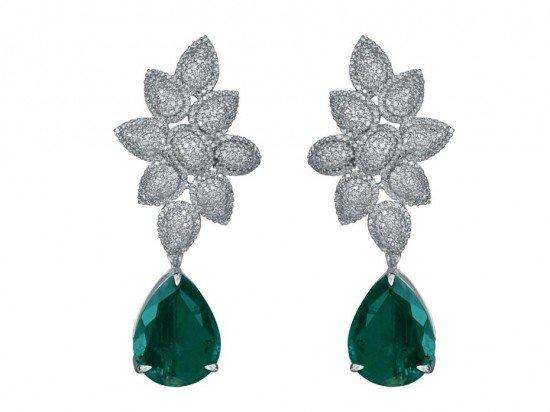 Коллекция MINAWALA Festival of Emeralds, серьги из белого золота с бриллиантами и изумрудами