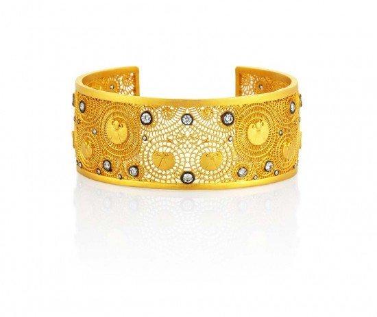 Каффа «Agape» из золота с бриллиантами