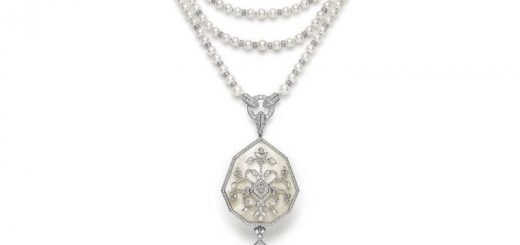 boucheron_nagaur_necklace_with_pearls_and_rock_crystal.jpg--760x0-q80