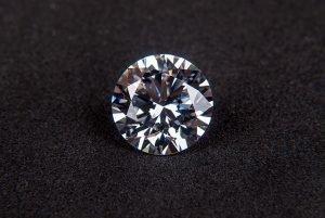 бесцветные бриллианты
